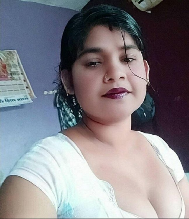 Bhabhi Nude Pics - Desi Old Pictures HD / SD - DropMMS