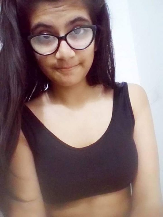 Cute Desi Amateur Babe Accidentally Leaked Her Nudes
